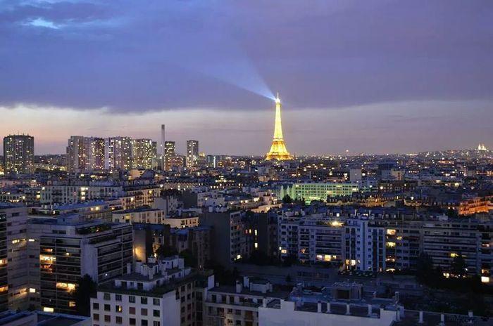 Vue parisienne du mardi soir Frommywindow Parisjetaime Cityscapes City View