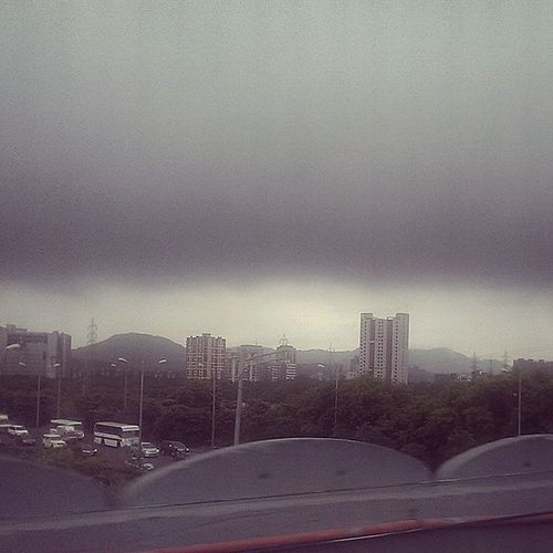 Weather Gods welcome me in Mumbai .... Maybe i just take bangalore weather wherever i go