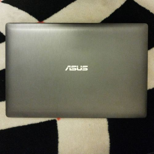 Hey boy !! Say hello to my friends ;) Asus N550jk Leapmotion