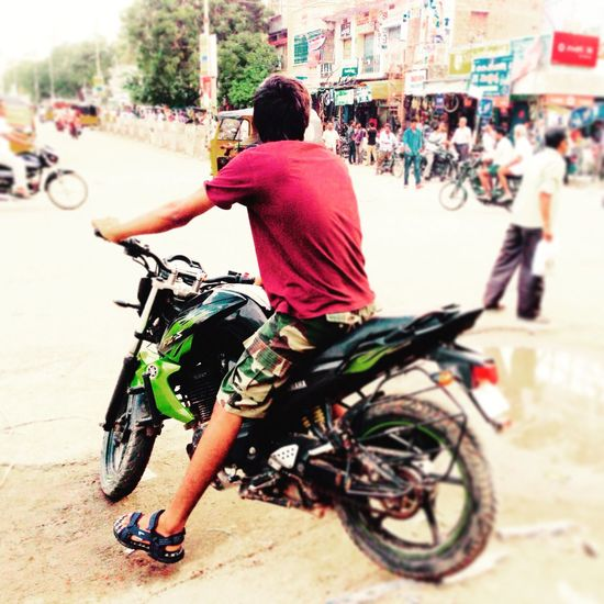 Embrace Urban Life Rebels On Roads Proddatur Indianroads Ready-to-race Burnout Life On Wheels