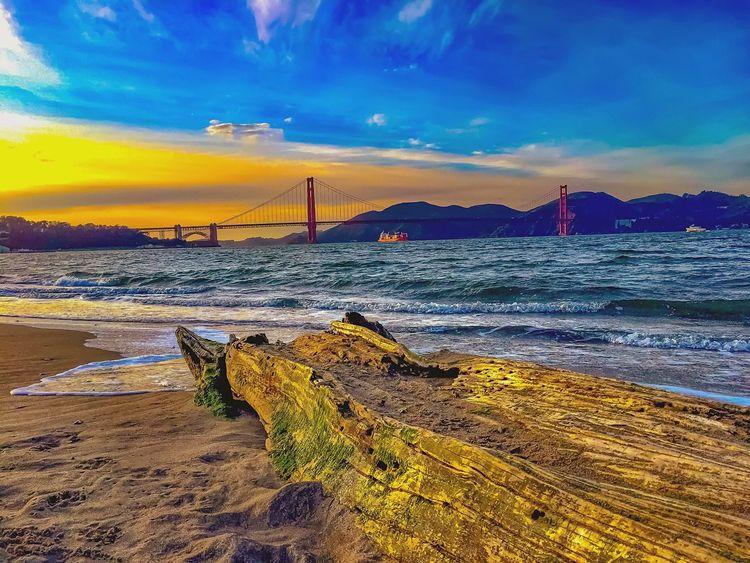Solivagant - (a) wandering alone Gold Coast Exposures Bayareaphotography Golden Gate Bridge Crissy Field Bay Area Waves Beachphotography Sea Bay Boatsinthebay Suspension Bridge California Coast