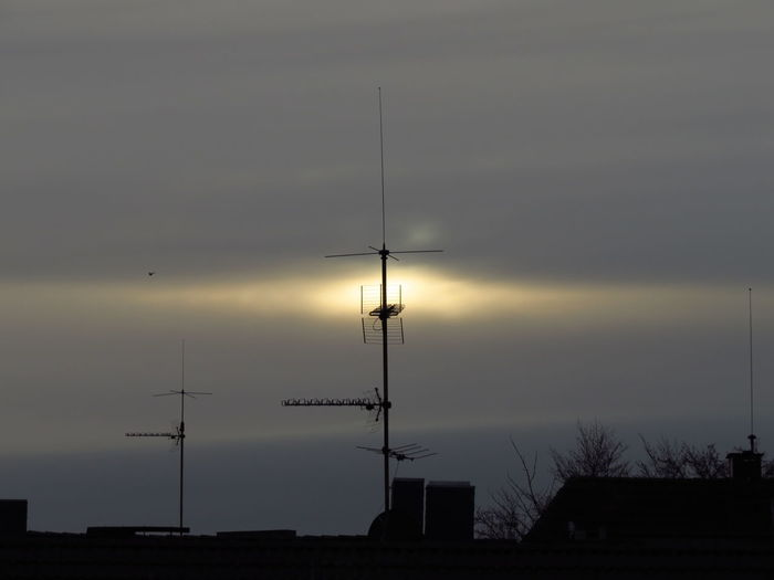 Sky Silhouette Sunset Antenna - Aerial Electricity  Communication Connection Technology Roof Rooftop Antenna Antennas Antenna Tower Morning Morning Light Morning Sky Sunrise Sunrise_Collection Sunrise Silhouette Wintermorning Television Aerial Television Tower Dusk Rooftops Transmission