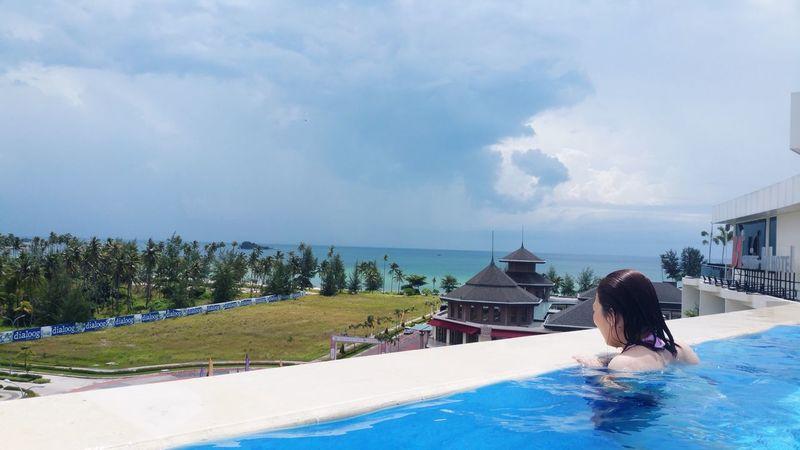 Infinity Pool Bintanisland Bintan  Hello World Seaview EyeEm Nature Lover Beach EyEmselect Second Acts