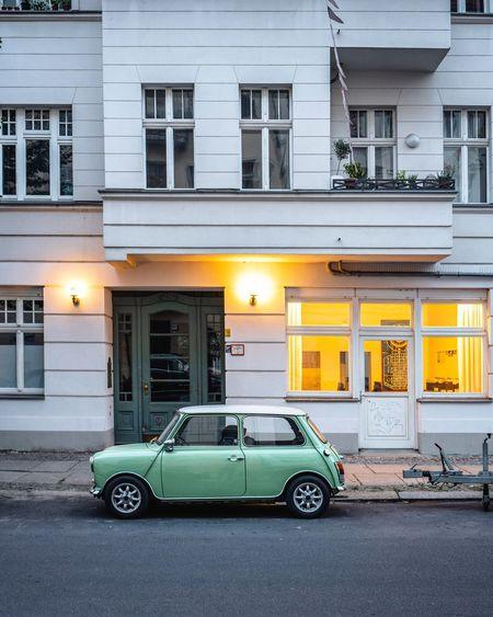 EyeEm Selects Vintage Cars Mini Berlin Berliner Strasse Beleuchtete Fassaden Streetphotography Street Asundaycarpic
