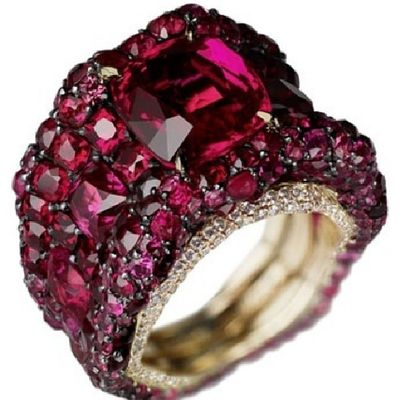 Temmuz bebeklerinin tasi yakut (ruby). Happy birthday july babies, it is your stone! Ruby Faberge Hautejoaillerie Jewellery Jewelry Jeweloftheday Mücevher Design LussoStyle Luxury Instagramers Elite TBT  Elegan Instaturk Turkishfollowers Followme
