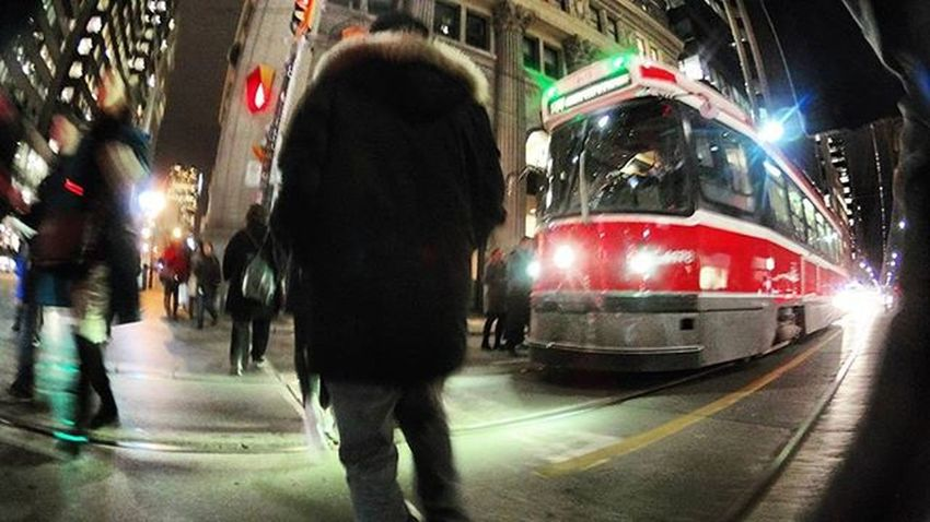 walk the line Perspective Viewsfromthe6 TorontoLife City Ttc The6ix Streetphotography Street Toronto Night Citylights Cityscape Lifeofham