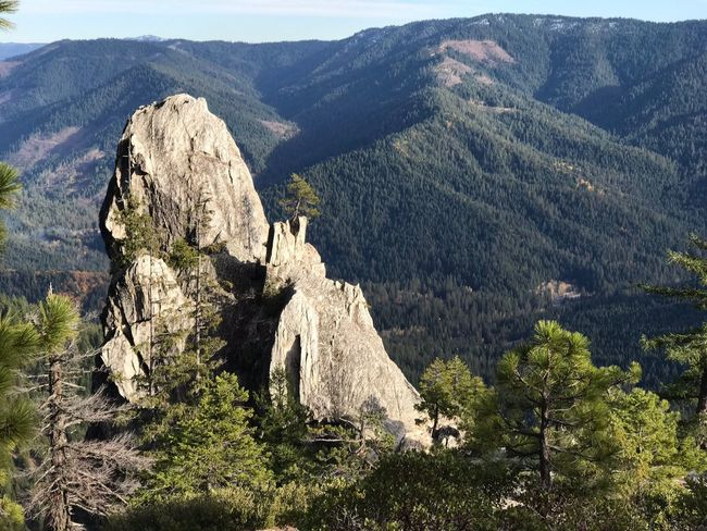 Mountain Mountain Range Nature Beauty In Nature Landscape Scenics Tranquility Tranquil Scene Physical Geography Day Outdoors No People Tree Castle Crags, California