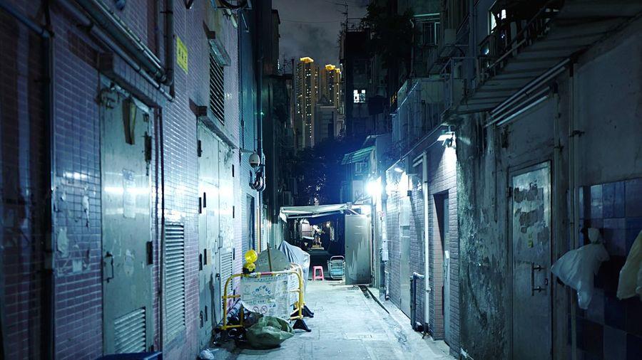 Backstreet YMT HongKong Discoverhongkong Leicaq Leica Nightphotography Streetphotography Hkiger Backstreet Night Lights Light And Shadow 香港 夜景 Pmg_hok