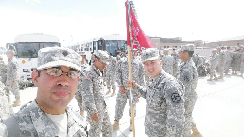 Drill weekend. Army Army Hooah!!! Drill Weekend Hanging Out Check This Out Taking Photos