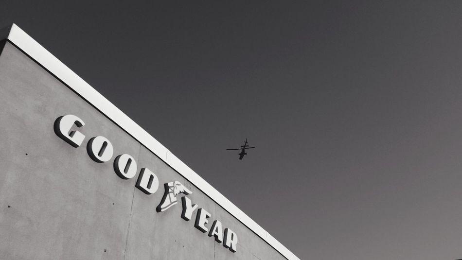QVHoughPhoto FujiFilmX100 Fargo Northdakota Sky Helicopter Goodyear Blackandwhite Fresh2