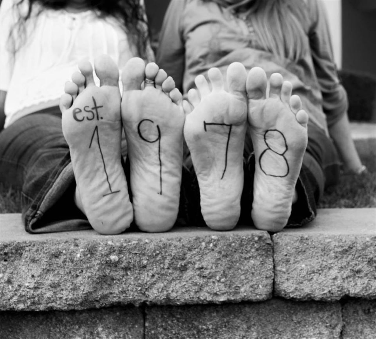 human body part, human hand, real people, close-up, togetherness, two people, outdoors, day, childhood, adult, people, adults only