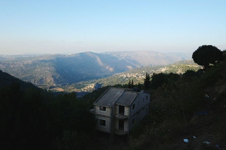 Nature Lebanon Middle East Tree Mountains House TakeoverContrast