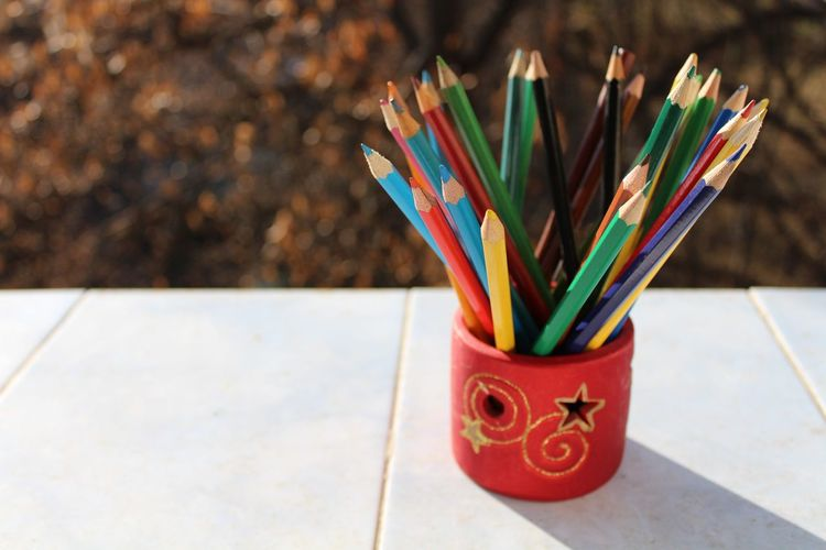 Focus On Foreground Multi Colored Desk Organizer No People Colored Pencil Indoors  Close-up Day Close Up Macro Photography Canonphotography Colors HD Yellow Indoors  Outdoors Green Wood Wooden Texture Red Blurred Background Christmastime