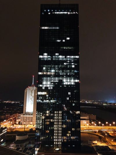 Austria ❤ Vienna_city Dctower Viennabynight PhotomadewithiphoneX