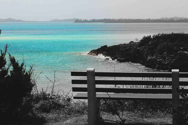 Black & Blue & White Bermuda Blue Water Outdoors Nature Day Selective Color Beach Ocean Ocean View Bench Bench With A View Cut And Paste Break The Mold