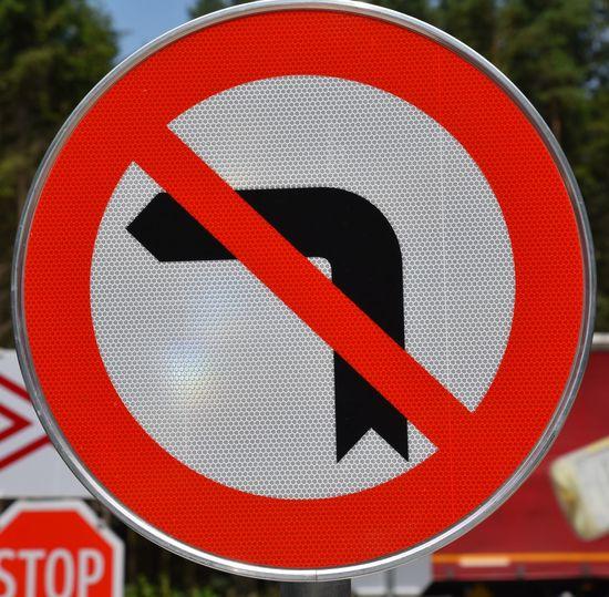 Circle Close-up Communication Exclusion Focus On Foreground Forbidden Guidance Links Abbiegen Verboten No People Red Road Sign Verbot Verbotsschild Verkehrszeichen Warning Sign