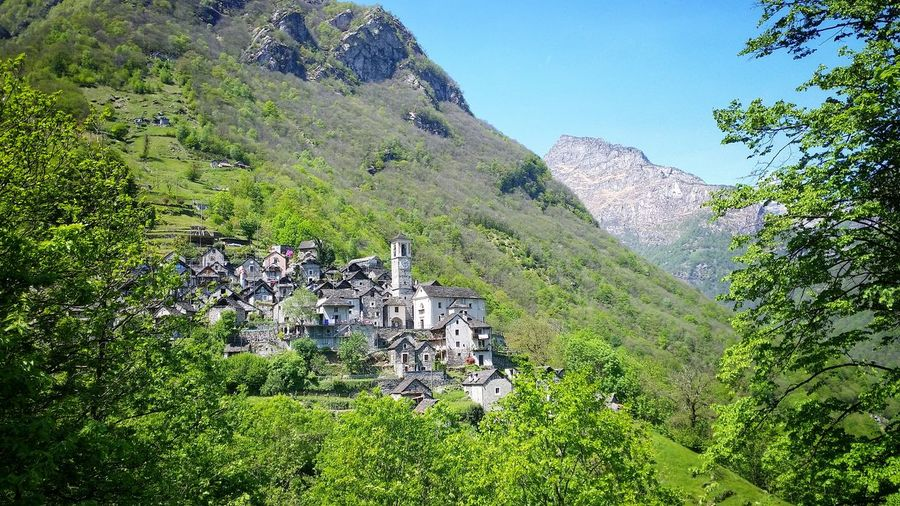 View of houses at valle verzasca