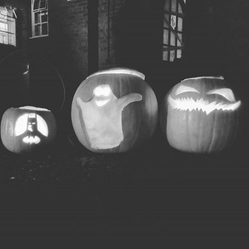 Our trio of horrors made these on Friday. We then spent a fab evening sat on straw bales on our drive toasting marshmallows over the brazier and drinking hot mulled cider with friends old and new from the village. Perfect. Villagelife England Rutland Halloween 2015  Fire Pumpkin Batman Ghost Vicarage Mulled Cider Marshmallows Nightphotography