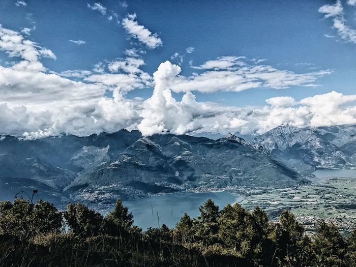 Lake como 2018 Mountains Water Alpinism Views Nature Escape From The City Ontheworld Cloud Bluesky Pic Photography Lakecomo