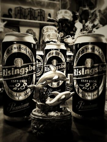 Öl Beer Time Alcohol Taking Photos First Eyeem Photo Black And White Sigara No People Note3neo
