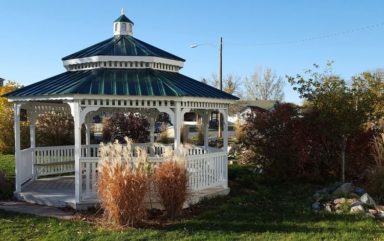Architecture Built Structure Clear Sky Gazebo At The Park Outdoor Plants Summertime Sunny Day