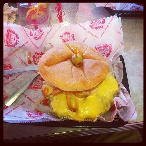Delirious Burger Yum Foodporn Cheeburgercheeburger