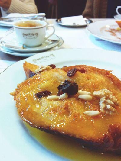 Torrija portuguesa. Sweets Torrijas Portuguese Food Foodphotography Dessert Caffee