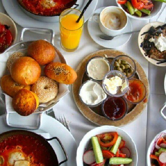 Israelibreakfast yummy!