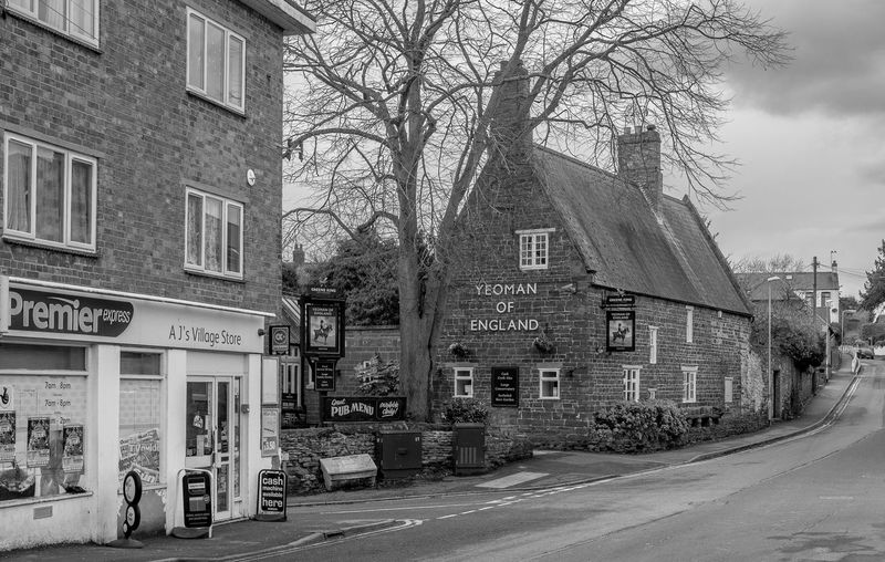 High Street, Wootton, Northamptonshire Northamptonshire Blackandwhite Black And White Monochrome Street FUJIFILM X-T2 Pubs Northampton Pubs Wootton Yeoman Of England Architecture Building Exterior Built Structure