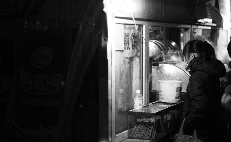 Streetphotography Monochrome The Human Condition OpenEdit Nightphotography City Hello World Night