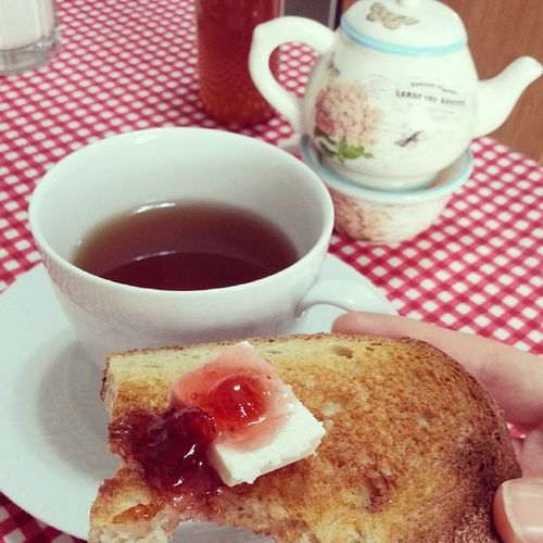 Peyniri recelli sevenler klubü ? Beyazpeynir Recel Kizarmisekmek Jam confiture fraise strawberry