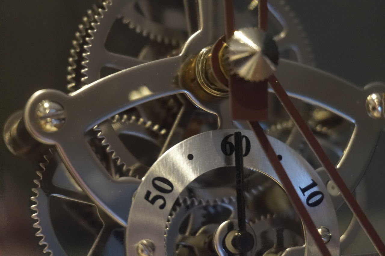 metal, gear, machine part, clockworks, machinery, technology, no people, gold colored, close-up, clock, old-fashioned, indoors, time, manufacturing equipment, minute hand, day