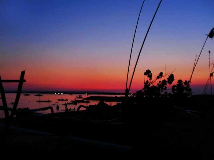 Dawn at Sanur First Eyeem Photo Sunset Silhouettes Sunset #sun #clouds #skylovers #sky #nature #beautifulinnature #naturalbeauty #photography #landscape Panorama Travelling Hanging Out Bali
