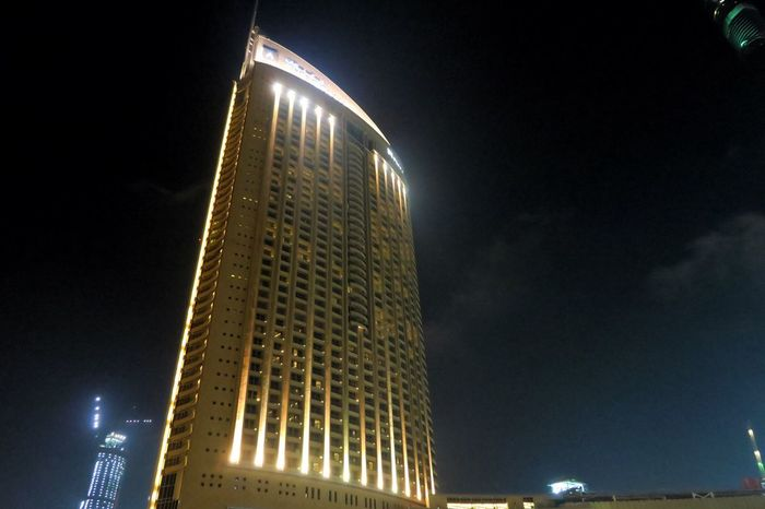 Dubai Nightphotography Long Exposure Cityscapes Canon G7X The Message