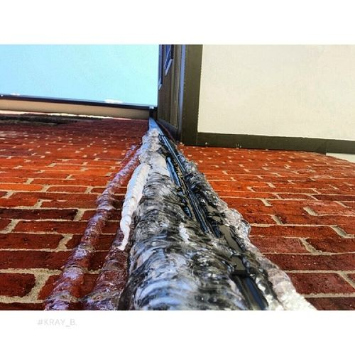 Love icy gutters for some reason. Tistheseason Wintershots Coldpics Insta_freezing insta_pretty instalike instagood instapic insta_pic picoftheday photooftheday photoop checkoutmygallery beautifulshot gorgeousshot prettypics note3 nofilter