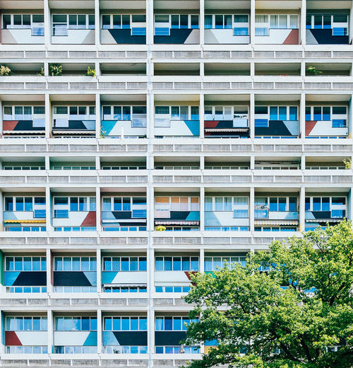 LC #03 Apartment Architecture Architecture Balcony Berlin Building Built Structure City City Life Colour Of Life Colours Corbusierhaus Day Façade Le Corbusier Lecorbusier Modern Multi Colored No People Outdoors Repetition Residential Building Side By Side Tree Unité D'Habitation