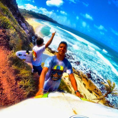 Sunny Day!☀️☁️🌀🌊🏄👊 Allallauu via @lifeapp SURFINGfactory SearchGPS Surfingiseverything Respeitoépraquemtem Truetothis Tuberider Onmylist Paraíso ColdWaterSurf Costadicaparica Viva Blueplayground