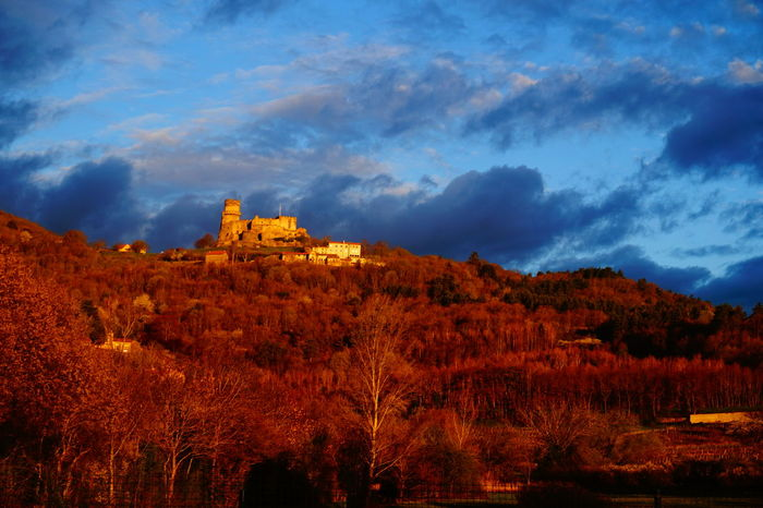 Sunrise Early Morning Sunny Morning Working Day Hello World OldCastle Oldbuilding Moyen âge Blue Blue Wave Auvergne Sky And Clouds Skylovers Iloveauvergne Color Of Life