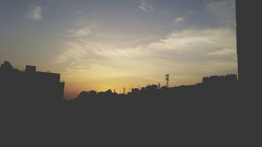 Yellowsky Randomclick📷 Kuwait Mobilephotography