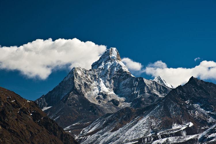Ama dablam nepal landscape