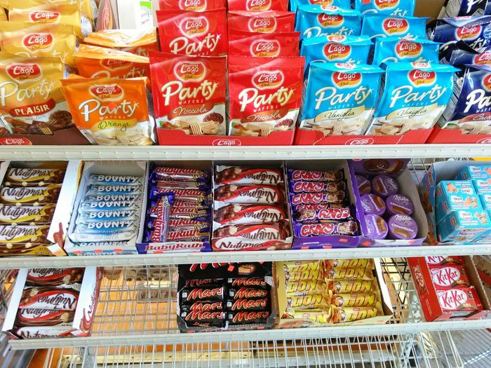 Candy Chocolate Kitkat Candies Shelves