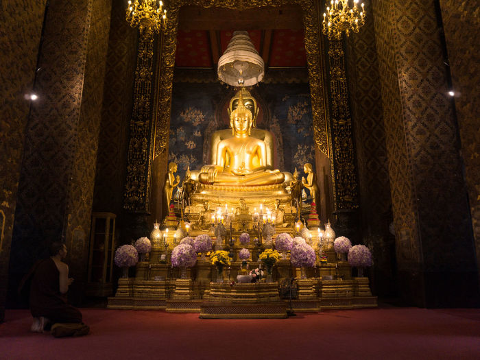 Architecture Gold Gold Colored Human Representation Illuminated Place Of Worship Religion Sculpture Spirituality Statue Travel Destinations