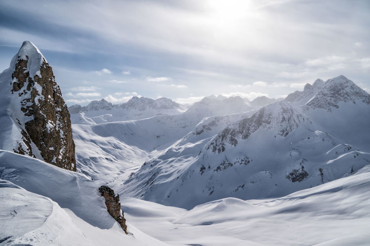 Freshly snow-covered mountain landscape Winter Mountain Snow Cold Temperature Beauty In Nature Scenics - Nature Sky Mountain Range White Color Cloud - Sky Day Snowcapped Mountain Nature Tranquility Non-urban Scene Landscape Tranquil Scene Covering Sport Outdoors Alps Tyrol Austria The Great Outdoors - 2019 EyeEm Awards
