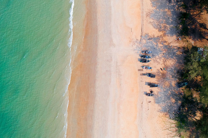 Dronephotography Drone  High Angle View Birds Eye View Drone Shot Drone View Fisherman Boat Dji Spark Boat Beachphotography Beauty In Nature Aerial Shot Aerial Photography Aerialview Aerial Photo Aerial Silks Aerial Perspective Rural Scene Sports Track Agriculture Aerial View Field Sand Sky Landscape