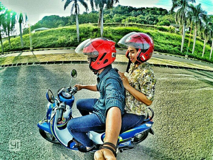 With u ❤❤ ScoopyIndonesia HondaScoopy Latepost Transportation Casual Clothing Vacation Weekend Activities Nature Scooter Actioncam INDONESIA