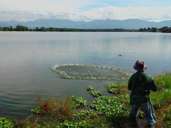 Fisherman Fishnet Jala  Menjala Netfishing Lake Lakeview Fishing Net Fishermen's Life Fishing Net, Dragnet, Drift Net, Trawl, Meshwork, Webbing, Tulle, Fishnet, Openwork, Lace, Latticework. Snare, Catch