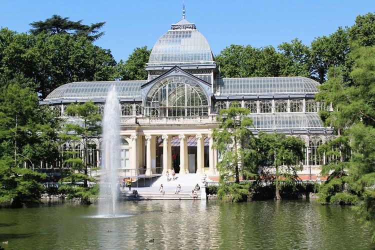 Palacio de cristal. Retiro. Madrid Wanderlust Relax Happiness Glass Ducks Lake Glass Palace Palacio De Cristal España SPAIN Madrid Parque Del Retiro Parque  Retiro Park Retiro Dome Nature Reflecting Pool Sky No People Politics And Government Clear Sky Government Architectural Column Outdoors Travel Day Waterfront