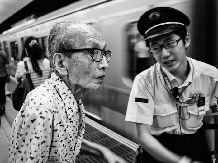From My Point Of View Street Photography Olympus Japan Subway Streetphotography Streetphoto_bw Streetphotography_bw Train Station People Getting Inspired Blackandwhite Black And White Blackandwhite Photography Notes From The Underground