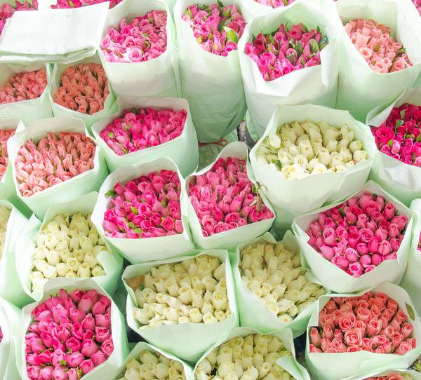 Full Frame Shot Of Pink Rose Bouquets