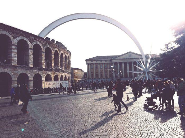 Walking Around Verona Enjoying The Sun Traveling Cityscapes City Life